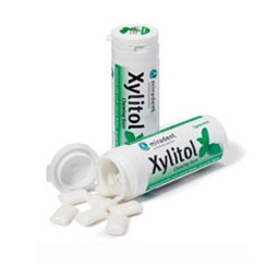 Miradent Xylitol Chewing Gum Spearmint Flavour 30's